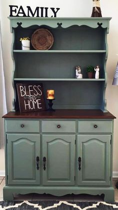 This lovely hutch was made over with General Finishes Basil Milk Paint, Antique Walnut Gel Stain and High Performance Topcoat.   Learn more about how to apply GF water based topcoat in this tutorial video - https://www.youtube.com/watch?v=SUp_x4fDzqk