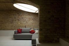 Residential basement by Mili Mlodzi Ludzie