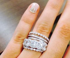 Emily Maynards stack henri daussi engagement ring close up...Love!