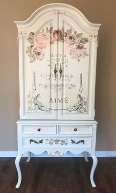 Decoupage Furniture, Paint Furniture, Shabby Chic Furniture, Furniture Projects, French Bedroom Furniture, Armoire Makeover, Furniture Makeover, Shabby Chic Homes, Shabby Chic Decor