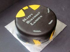Batman for a 5 year old Batman Birthday, Star Wars Birthday, Star Wars Party, Monster High Cakes, Monster Party, Sweets Cake, Cupcake Cakes, Cupcake Ideas, Cupcakes
