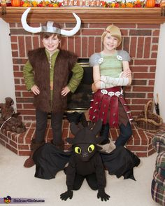 How to Train Your Dragon: Hiccup, Astrid, and Toothless - Halloween Costume Contest via @costume_works