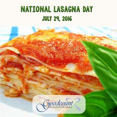 World's Best Lasagna Recipe Worlds Best Lasagna, Best Lasagna Recipe, Italian Lasagna, Healthy Lasagna, Great Recipes, Favorite Recipes, Easy Recipes, Traditional Lasagna, Vegetarian Recipes