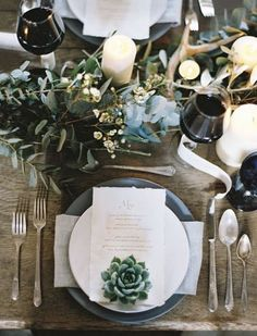 8 Ways to Set a Non-Stuffy Dinner Party Table | Home | Purewow