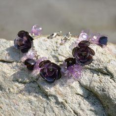 Růže pro tebe - náhrdelník z PET lahví. Více zde: https://www.facebook.com/VeraBelinovaSperky/?ref=bookmarks