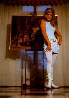 Ex fan des Sixties' Dalida, Glamour Beauty, Classic Italian, Celebs, Celebrities, Modern Fashion, Just In Case, Style Icons, Old School