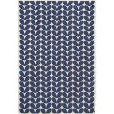 Tapis en laine 170 x 250 Karin Brita Sweden - Bleu : Decoclico Navy White Bedrooms, White Rooms, Best Weave, Vinyl Rug, Scandinavia Design, Traditional Fabric, Fabric Rug, Fibres, Contemporary Rugs