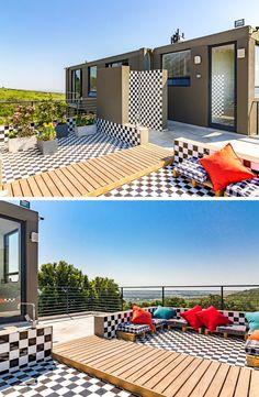 Stunning Wine Farm Villa is op Zevenwacht Wynlandgoed in Kuilsrivier, Kaapstad geleë en bied oneindige luuksheid, uitsigte en interessante dekor!  #modern #decor #unique #wineestate #SouthAfrica #capetown