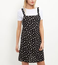 New look floral pinafore