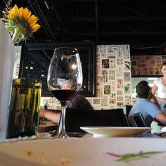 Handle, Park City, Utah, USA: Kreativ und ehrlichschlemmen ***** Hip, aber nicht abgehoben Park City Utah, Utah Usa, Restaurant, Red Wine, Alcoholic Drinks, Food, Creative, Eten, Alcoholic Beverages