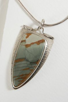 Hey, I found this really awesome Etsy listing at https://www.etsy.com/listing/215917785/beautiful-owyhee-jasper-sterling-silver