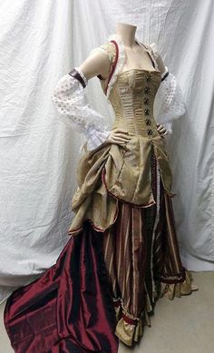 Steam up your Halloween with these steampunk costume ideas for women and men. You can either play it safe and pick a complete costume like our favorites below, Viktorianischer Steampunk, Costume Steampunk, Steampunk Clothing, Steampunk Fashion, Victorian Fashion, Victorian Steampunk Dress, Steampunk Wedding Dress, Steampunk Vetements, Diesel Punk