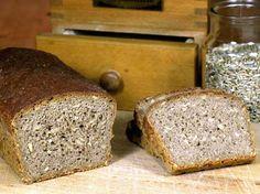 Roggenbrot Rezept: Vollkorn-Roggenbrot mit selbst gemachtem Sauerteig backen