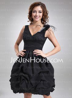 Homecoming Dresses - $122.49 - A-Line/Princess V-neck Knee-Length Chiffon Lace Homecoming Dress With Ruffle Beading Feather Flower(s) (022021135) http://jenjenhouse.com/A-Line-Princess-V-Neck-Knee-Length-Chiffon-Lace-Homecoming-Dress-With-Ruffle-Beading-Feather-Flower-S-022021135-g21135