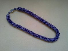 Purple pearl netted necklace
