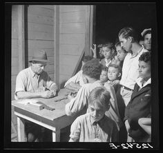 Vintage Photo of Puerto Rico ~ Playing Dominos ~ San Juan ca. 1938 (Edwin Rosskam - Photographer)