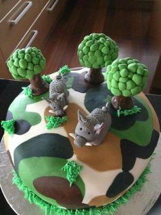 Pig hunting camo cake