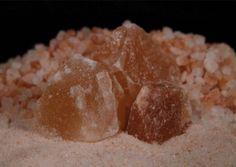 U ponudi imamo sol u svim granulacijama i bojama. Himalajska sol se i dalje smatra najzdravijim slanim izborom na Zemlji.