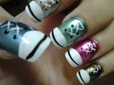CONVERSE TENNIS SHOE NAILS