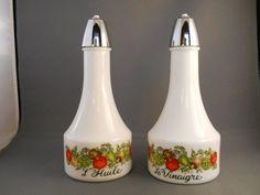 VINTAGE Gemco Oil and Vinegar Cruet Set by VeiledThroughTime, $13.00