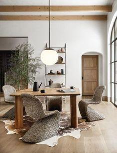 Appartement Design, Modern Interior Design, Natural Modern Interior, Modern Rustic Interiors, Top Interior Designers, Rustic Modern, Modern Spanish Decor, Minimalist Home Interior, Interior Design Simple