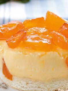 Τούρτα μανταρινιού με μους μασκαρπόνε! | Greek Desserts, Greek Recipes, Cheesecake Tarts, Sweets Cake, Soul Food, Chocolate Cake, Mousse, Sweet Tooth, Bakery