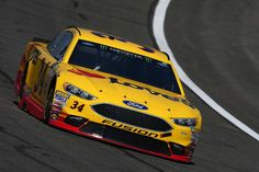Starting lineup for Auto Club 400  Friday, March 24, 2017  Landon Cassill will start 26th in the No. 34 Front Row Motorsports Ford  Crew chief: Donnie Wingo  Photo Credit: Getty Images  Photo: 26 / 39