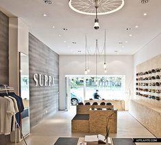 Suppa Sneaker Boutique - Studio DLF design and interior Daniele Luciano Ferrazzano Shoe Store Design, Retail Store Design, Shoe Shop, Visual Merchandising, Sneaker Boutique, Shoe Boutique, Displays, Retail Concepts, Store Interiors
