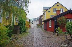 Besvärsgatan, Oskarshamn - Sweden About Sweden, Nordic Vikings, Faroe Islands, Beautiful Images, Denmark, Norway, Vacation, Landscape, Building