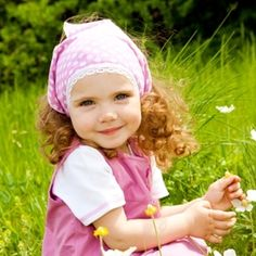 Tips and activities for teaching your little one about plants and flowers.