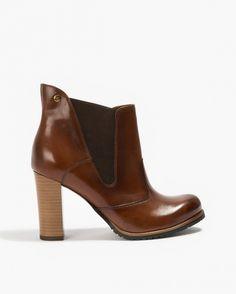 Badura ankle shoes