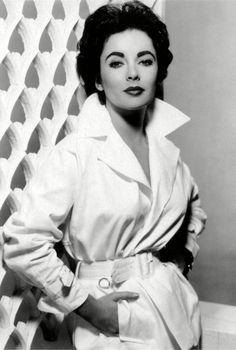 Elizabeth Taylor in 1950s