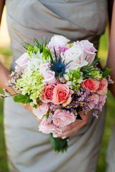 Mogelijke bloemist   Bruidsboeket zomer   Leo door Bloemen