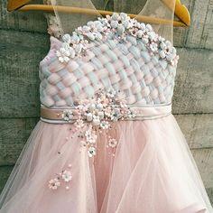 Lanna dress #honeybeekids #honeybee_kids #customdesign #madebyorder