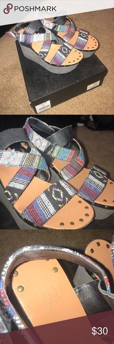 Joe's jeans wedges with aztec print Joe's Aztec print shows Joe's Jeans Shoes Wedges