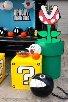 Mario Brothers Trunk or Treat Ideas I seriously started thinking about Halloween in May this year, because this is the year we're definitely winning the church trunk-or-treat competition. Trunk-or-treat, if you haven't he Super Mario Party, Super Mario Bros, Super Mario Birthday, Mario Birthday Party, Cars Birthday Parties, Birthday Diy, Birthday Ideas, Geek Birthday, Nintendo Party