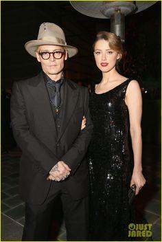 Johnny Depp & Amber Heard - Art of Elysium Heaven Gala   johnny depp amber heard art of elysium heaven gala 01 - Photo