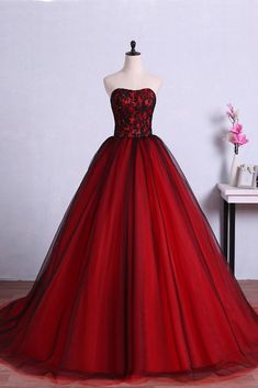 Wedding Dress Ball Gown Red and Black Evening Dresses Saudi Style Strapless Evening Gowns Sexy Illusion Lace Ball Gown Puffy Wedding Party Dresses Lace Ball Gowns, Tulle Ball Gown, Ball Gowns Prom, Tulle Prom Dress, Party Gowns, Ball Dresses, Dress Party, Chiffon Dresses, Gown Dress