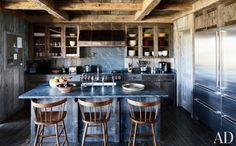 We love the look of a rustic kitchen — and it's a style that's gained a great deal of popularity in recent years