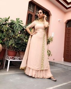 Pastel and gold Anarkali for a wedding look. Party Wear Indian Dresses, Salwar Suits Party Wear, Dress Indian Style, Pakistani Dresses, Punjabi Suits Designer Boutique, Indian Designer Suits, Indian Attire, Indian Outfits, Indian Wear
