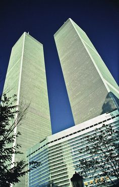 The Twin Towers, World Trade Centre, New York by Paul in Leeds, via Flickr