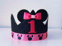 Minnie Birthday Crown ... Wonder if I could make a Mickey one?
