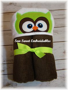 Hey, I found this really awesome Etsy listing at https://www.etsy.com/listing/247053191/green-owl-hooded-toweltowel-setchilds