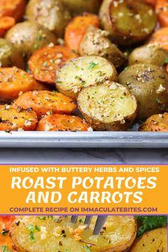 Roasted Potatoes And Carrots, Healthy Potatoes, Sauteed Potatoes, Fingerling Potatoes, Side Dishes For Chicken, Dinner Side Dishes, Potato Side Dishes, Gold Potato Recipes, Vegetarian Food