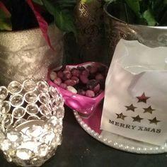 IHANAA Joulu kuuta, JOULUN ODOTUSTA...BLOGISSA jatkuu..Minun KOTI&SISUSTUS, JOULU valmisteluja...NÄHDÄÄN... Hymy #joulukalenteri #joulukuu #joulu #joulutulee #kukat #kynttilät #sisustusidea #sisustustavarat❤ #koti #tyyli #blogi ❤☺
