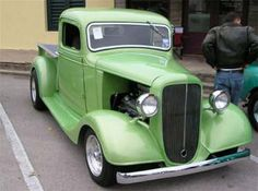Roy Bishop from Weir Texas brought his '36 Chevy pickup