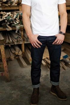 White T-shirt, dark blue jeans and a pair of tough kicks always get it right.