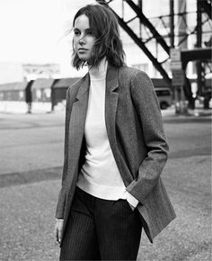 TURTLENECK SWEATER from Zara - MONDAY TO FRIDAY | WOMAN-EDITORIALS | ZARA United States