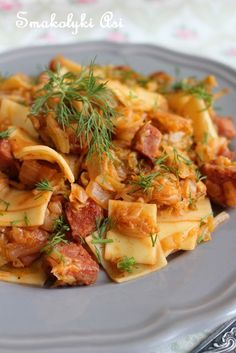 Smakołyki Asi: Łazanki z młodą kapustą Polish Recipes, Polish Food, Pasta Salad, Spaghetti, Food And Drink, Meat, Chicken, Dinner, Cooking
