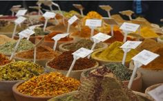 Spezie uso e proprietà terapeutiche in cucina